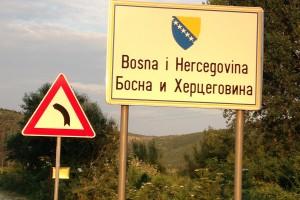 Mãe. Vou para a Bósnia.